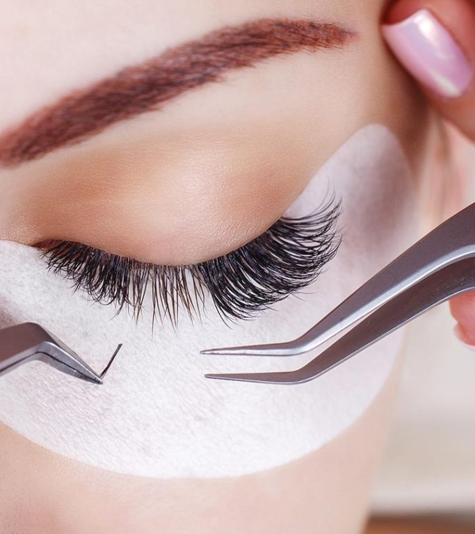 A Complete Guide To Eyelash Extensions